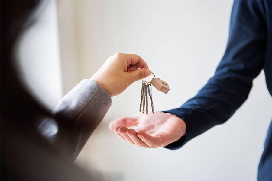 közös költség, ingatlan adásvételi szerződés
